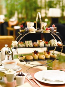 The Courtyard (The Fullerton Hotel Singapore) - Afternoon Tea Set_lo
