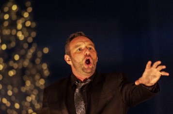 Silent Night Christmas Opera at the Hydro with Tenor Brad Cooper. Photo: David Hill, Deep Hill Media.