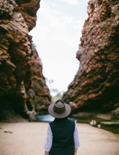13. Alice Springs Touring - Simpsons Gap